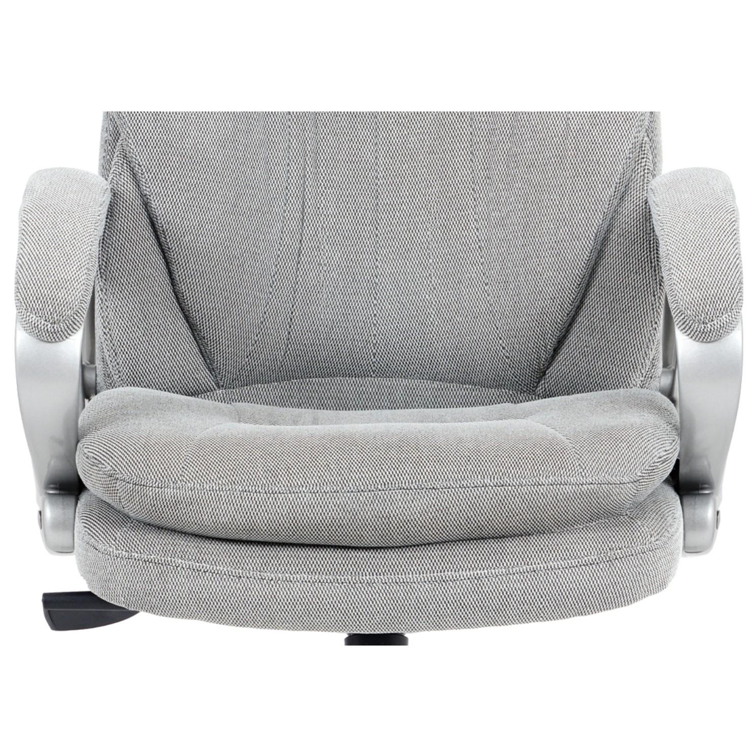 Sconto Kancelárska stolička ESTEBAN sivá Elegantné kancelárske kreslo ESTEBAN s hojdacím mechanizmom v sivej látke so striebornosivou konštrukciou.