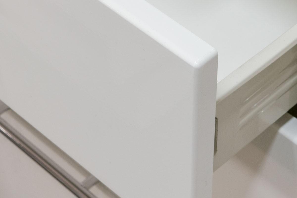 Sconto Kuchynská zostava FANY 220 cm, biela Kuchynská zostava FANY je spojením klasického vzhľadu a aktuálnych dizajnových trendov.